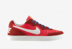 Nike Tiempo Trainer HP QS - Hyper Punch / Game Royal / Ivory